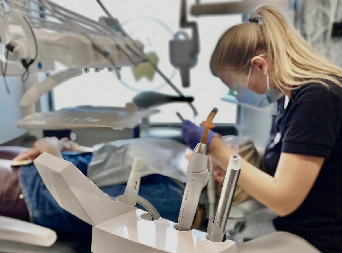 Higienizacja Skaling Piaskowanie Prime Dental